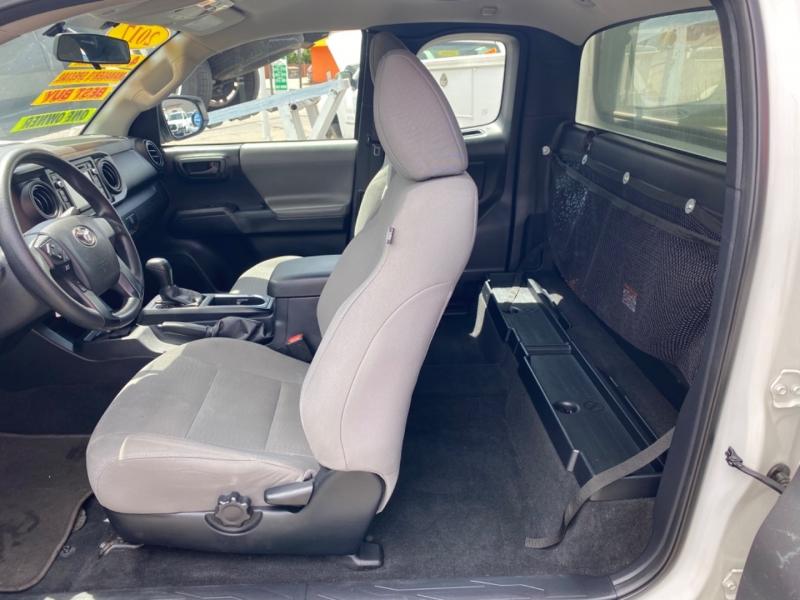 Toyota Tacoma 2017 price $20,995