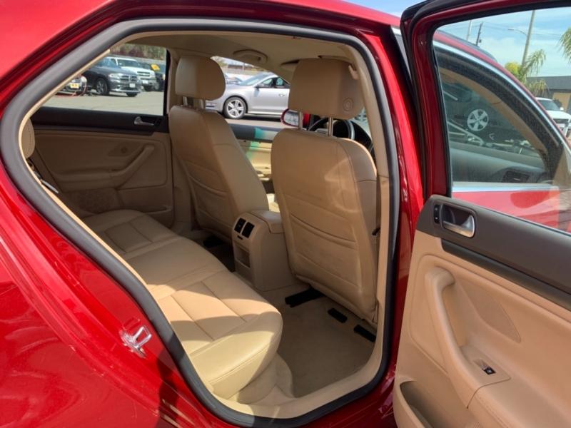 Volkswagen Jetta Sedan 2006 price $6,995
