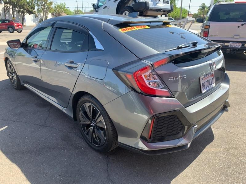 Honda Civic Hatchback 2018 price $22,995
