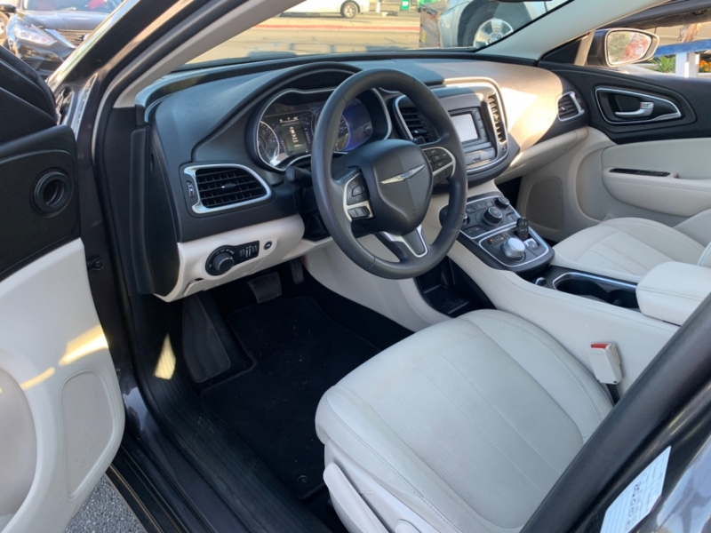 Chrysler 200 2015 price $14,995