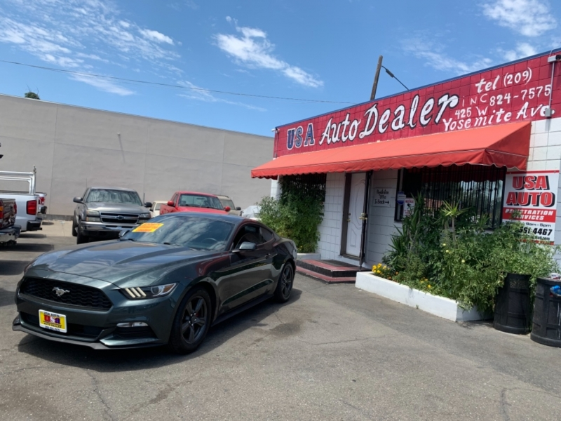 Ford Mustang 2015 price $18,995