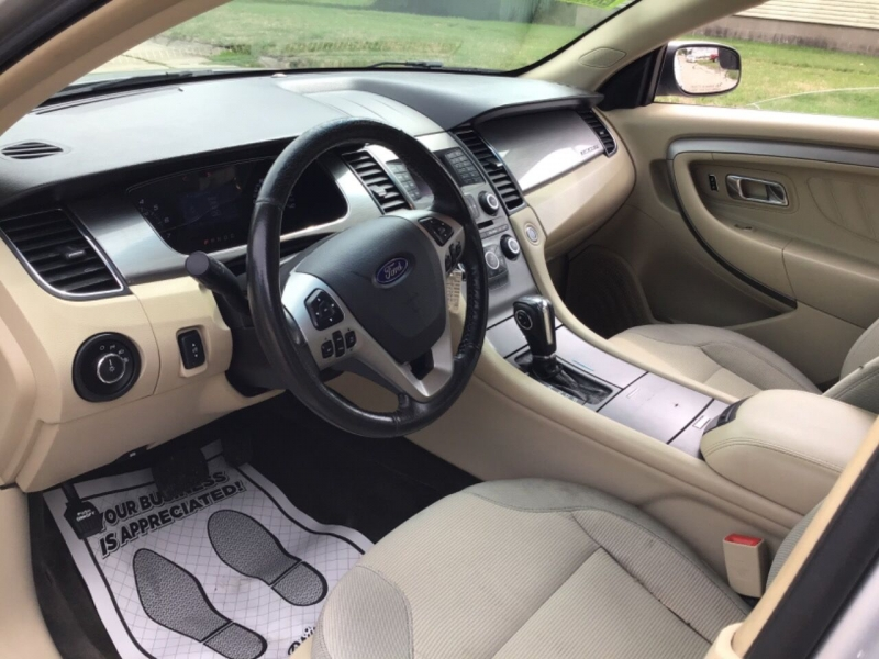 Ford Taurus 2013 price $7,400
