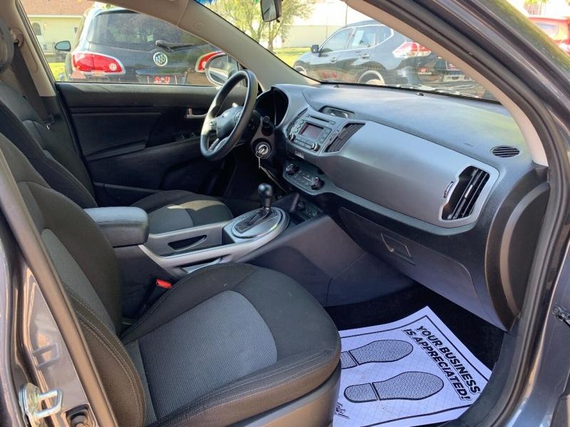 Kia Sportage 2015 price $8,900