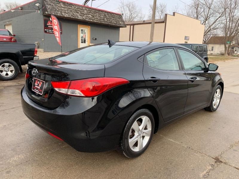 Hyundai Elantra 2013 price $6,800
