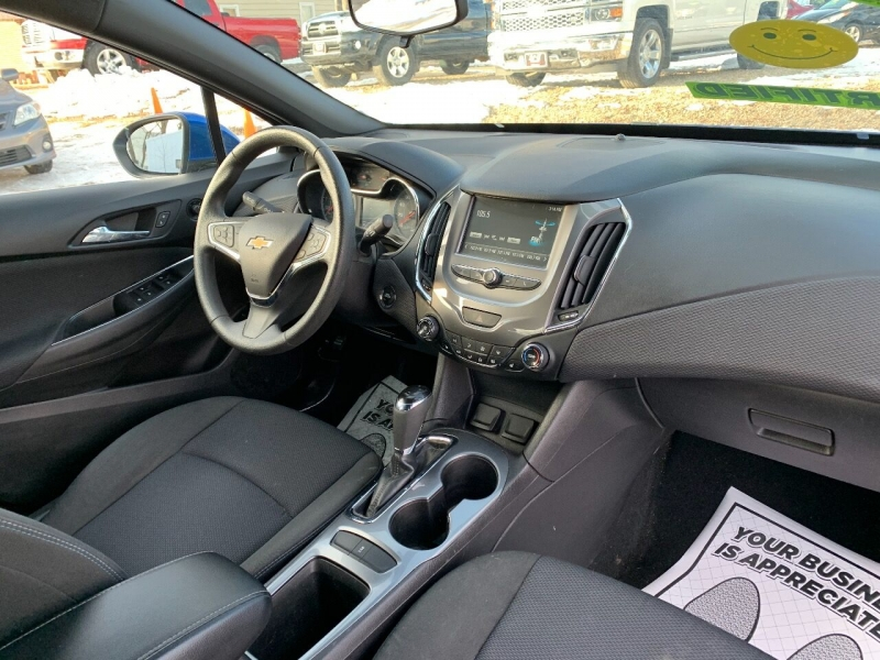 Chevrolet Cruze 2016 price $9,800