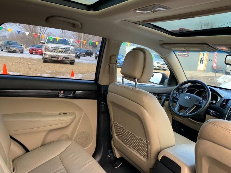 Kia Sorento 2011 price $5,950