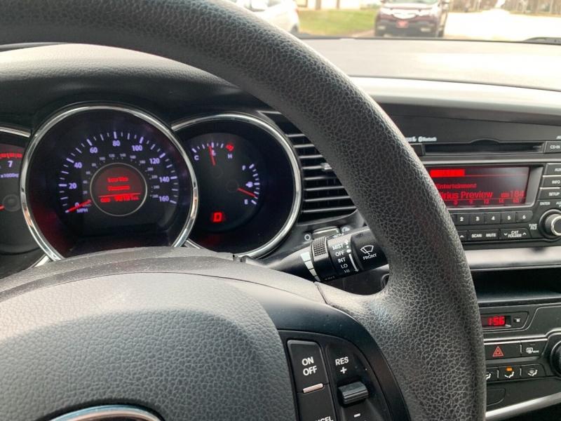 Kia Optima 2011 price $7,900