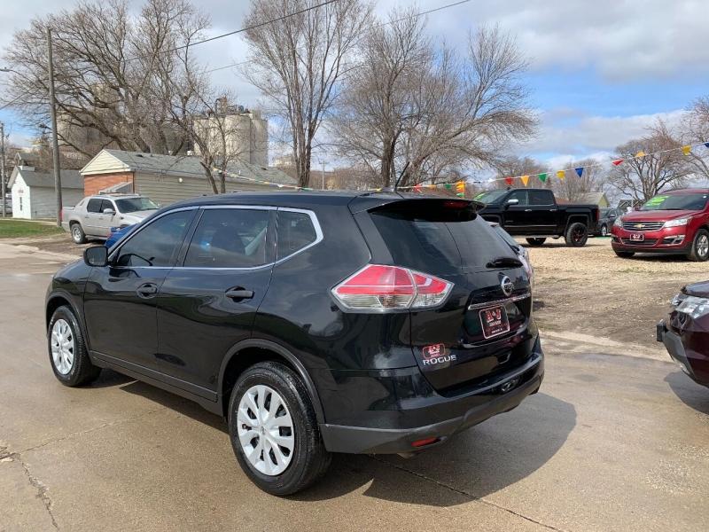 Nissan Rogue 2016 price $11,500