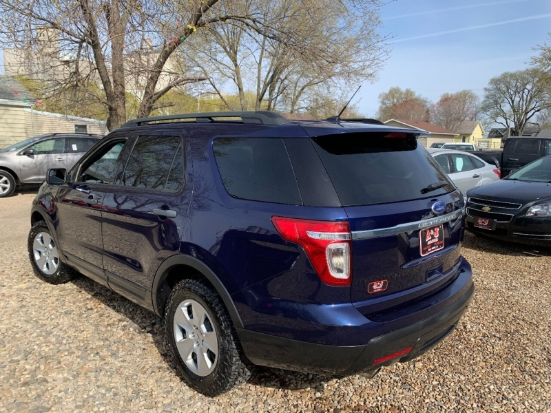 Ford Explorer 2011 price $10,900