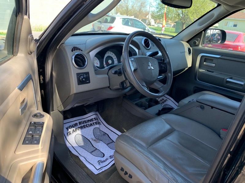 Mitsubishi Raider 2006 price $6,900