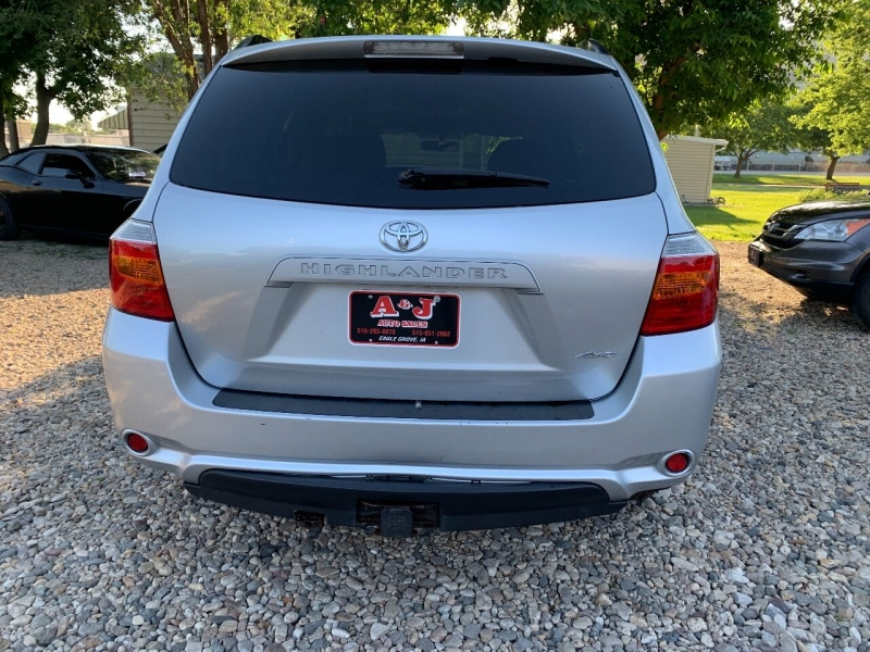 Toyota Highlander 2010 price $12,500