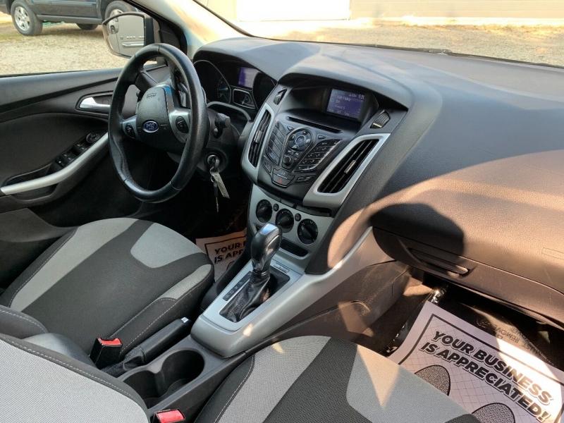 Ford Focus 2012 price $6,800