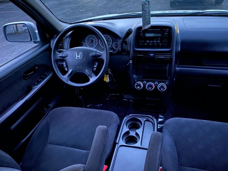 Honda CR-V 2005 price $7,495