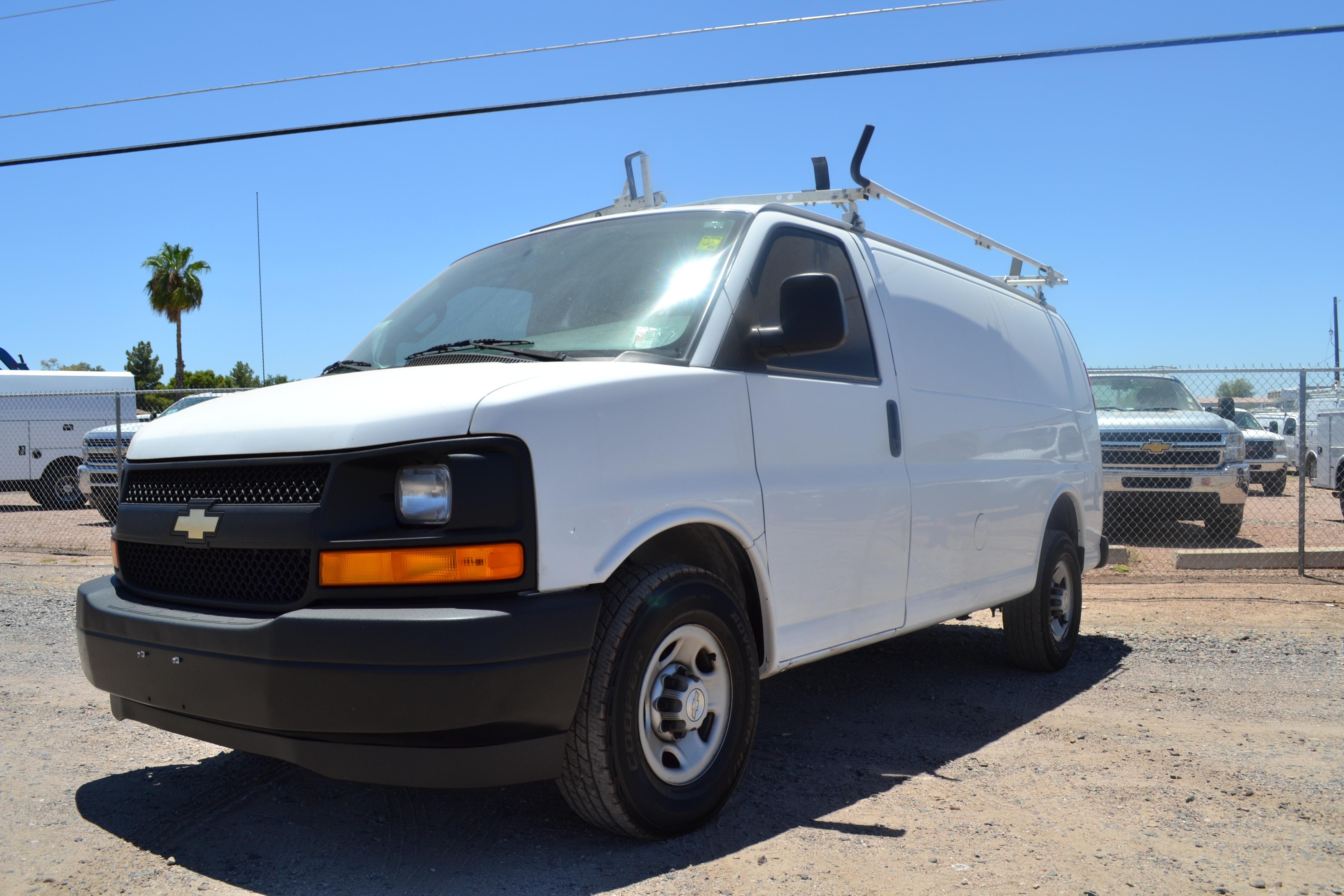 2017 Chevrolet Express Cargo Van Rwd 2500 With Ladder Rack And Tool Bins Southwest Work Trucks Dealership In Mesa