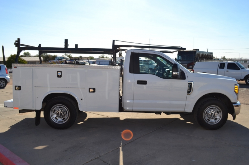 Ford Super Duty F-250 SRW 2017 price $31,995