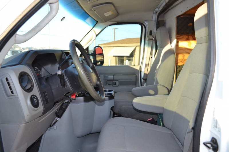 Ford Econoline Commercial Cutaway 2011 price $19,995