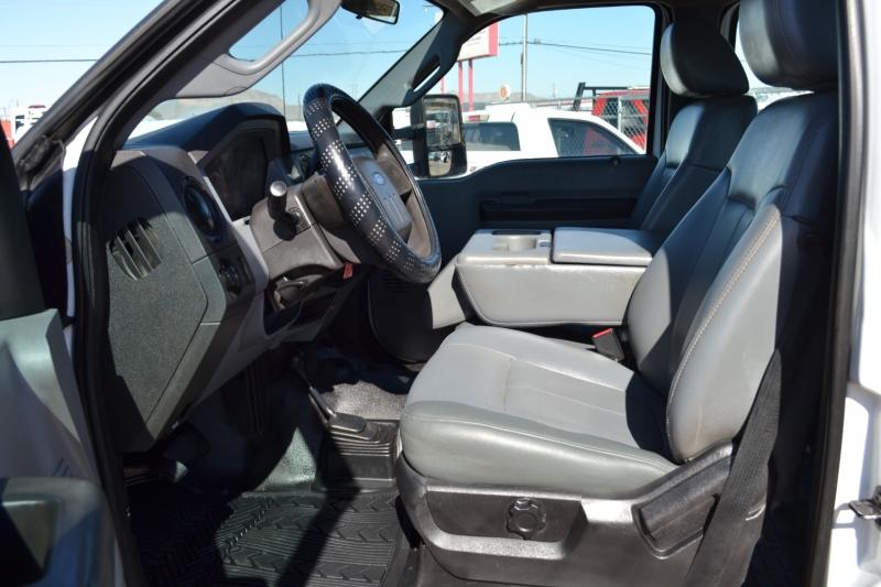 Ford Super Duty F-250 SRW 2011 price $30,995