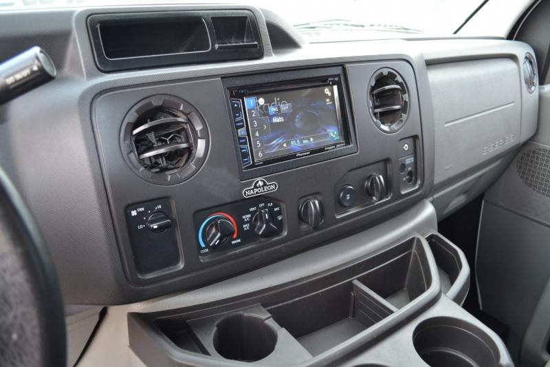 Ford Econoline Cargo Van 2014 price $17,995