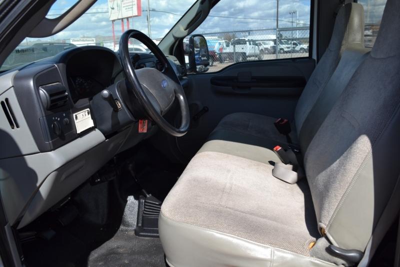 Ford Super Duty F-250 2005 price $18,995