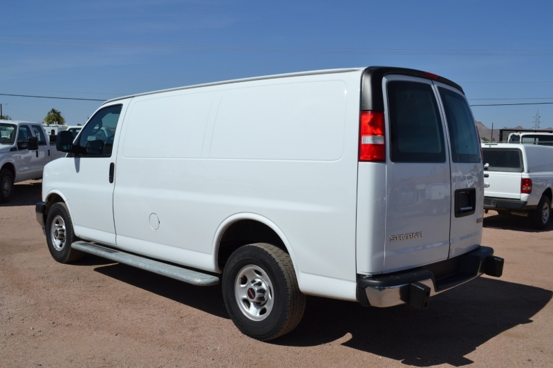 GMC Savana Cargo Van 2018 price $28,995