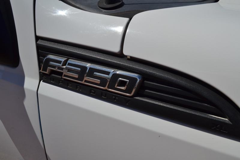 Ford Super Duty F-350 SRW 2011 price $21,995
