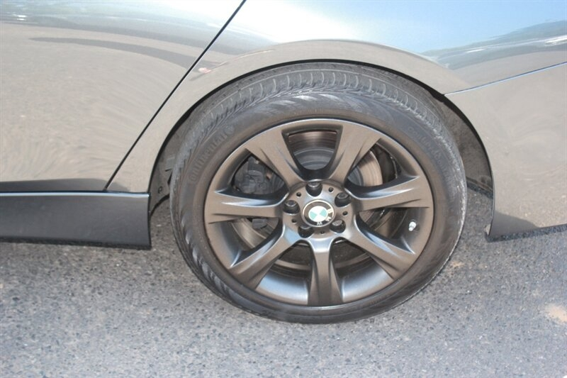 BMW 3-Series 2015 price $14,991