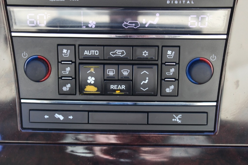 Cadillac Escalade ESV 2011 price $19,991