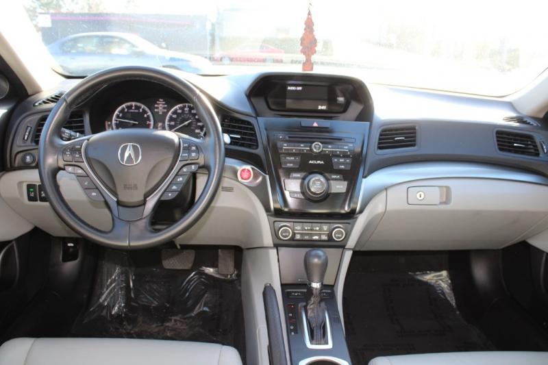 Acura ILX 2016 price $12,791