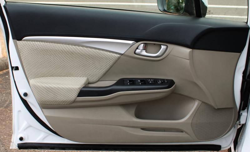 Honda Civic Hybrid 2015 price $13,491