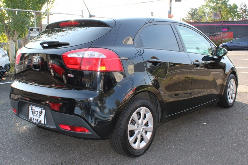 Kia Rio 2013 price $4,499