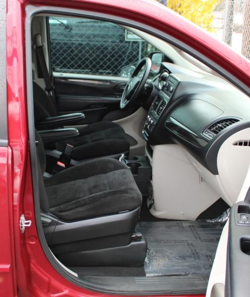 Dodge Grand Caravan 2015 price $13,491