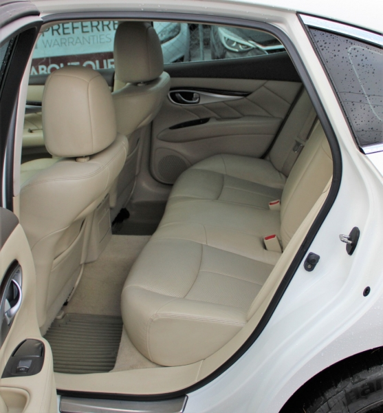 Infiniti M37 2011 price $10,491