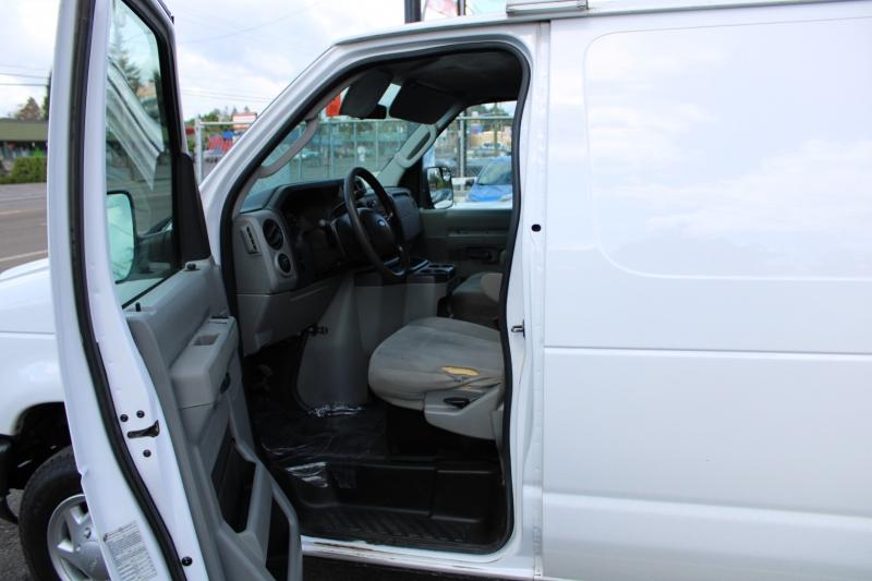 Ford Econoline Cargo Van 2011 price $12,999