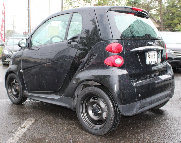 Smart Car Fortwo 2015 price $7,499