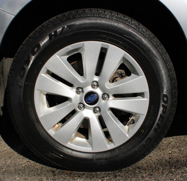 Subaru Outback 2015 price $17,700