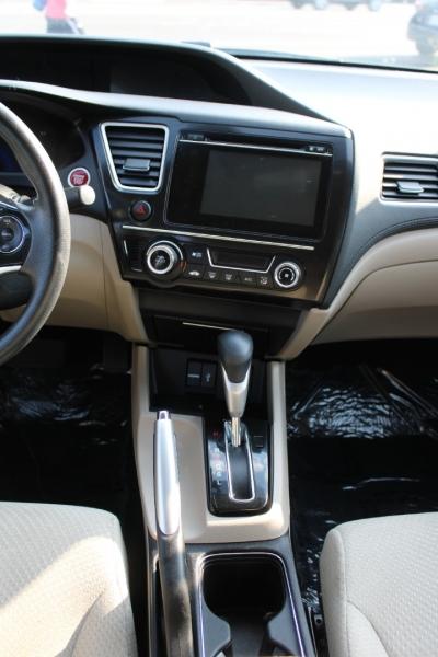 Honda Civic Hybrid 2015 price $14,399