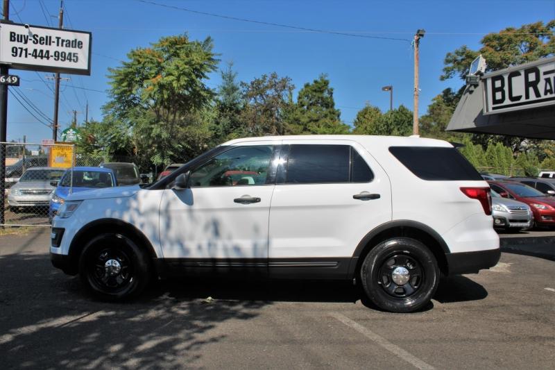 Ford Police Interceptor Utility 2017 price $18,799