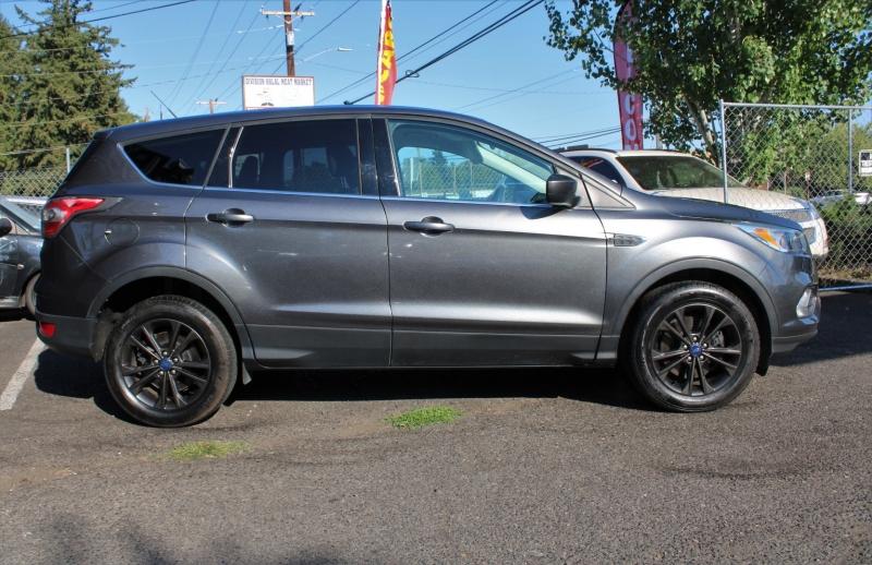 Ford Escape 2017 price $17,840