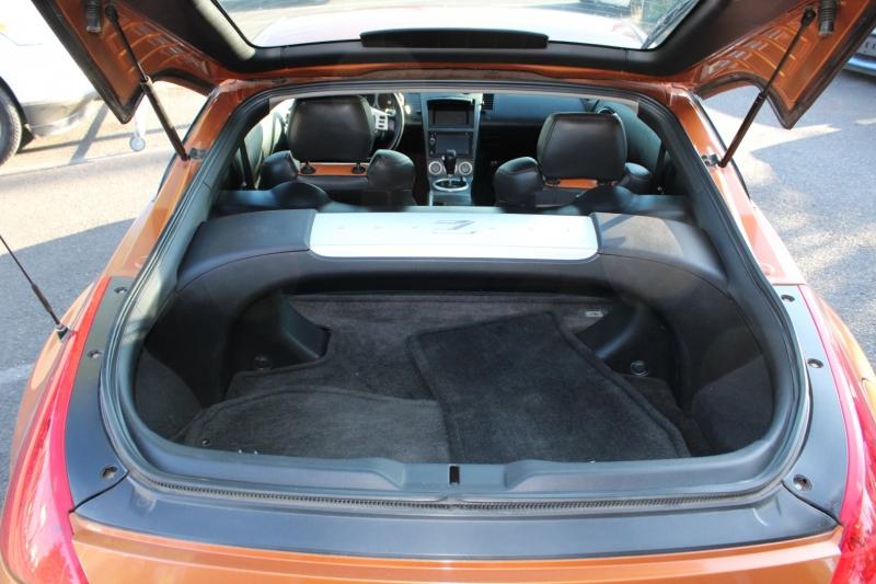Nissan 350Z 2003 price $12,100