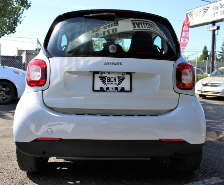Smart fortwo 2016 price $10,100