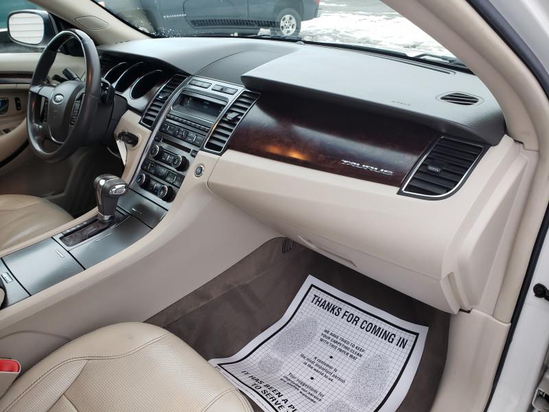Ford TAURUS 2010 price $6,850
