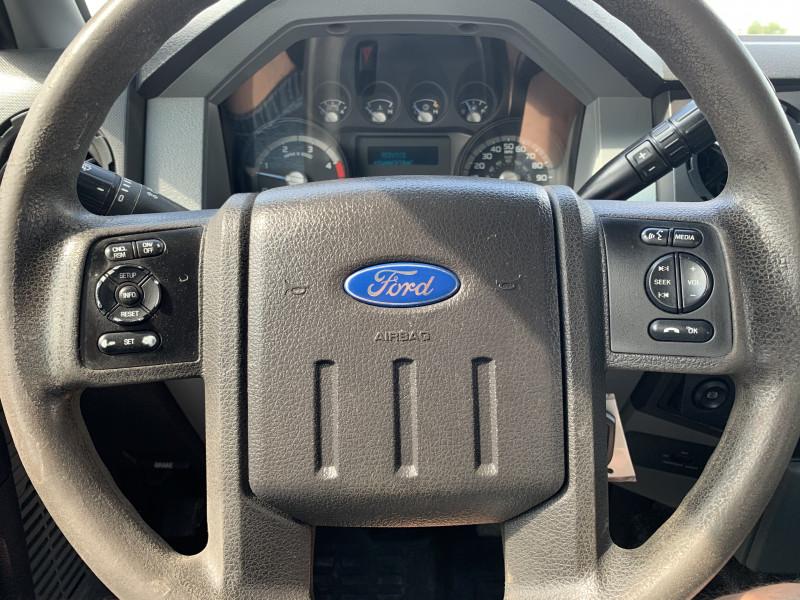 Ford Super Duty F-350 SRW 2015 price $28,900