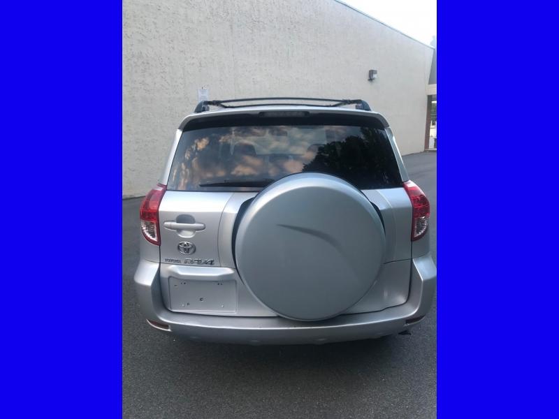 Toyota RAV4 2006 price $5,800