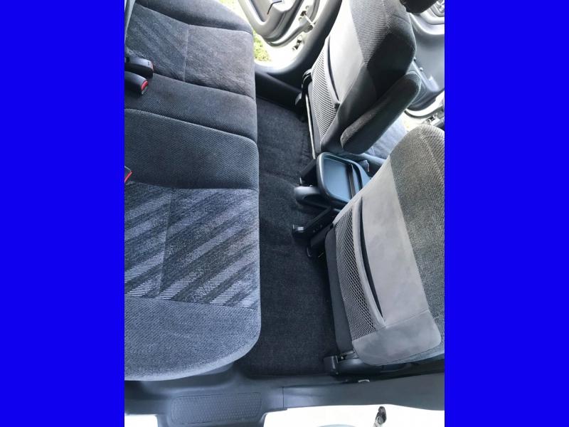 Honda CR-V 2000 price $2,995