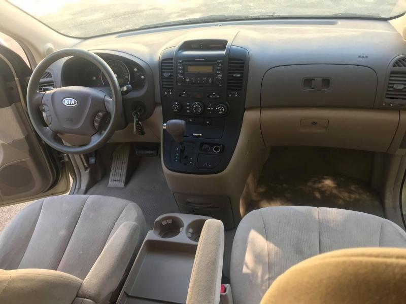 Kia Sedona 2007 price $4,995