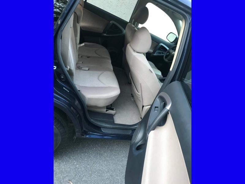 Toyota RAV4 2007 price $5,995