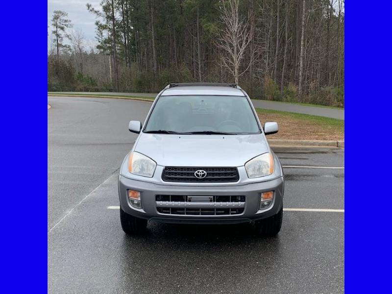 Toyota RAV4 2001 price $4,900