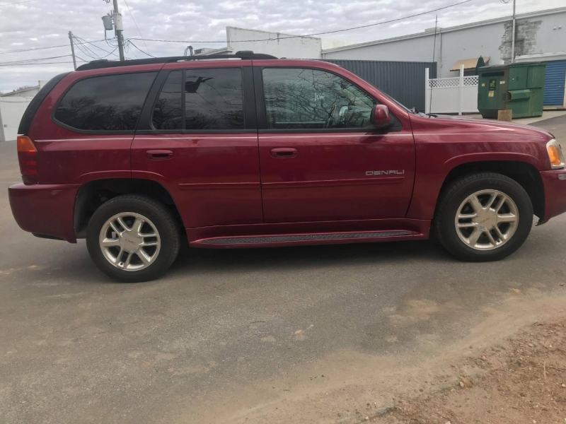 GMC Envoy 2006 price $5,500