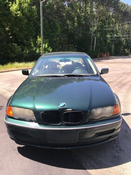 BMW 3-Series 2000 price $2,995