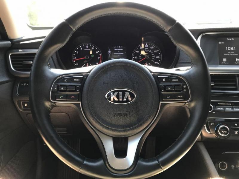 Kia Optima 2017 price $17,500